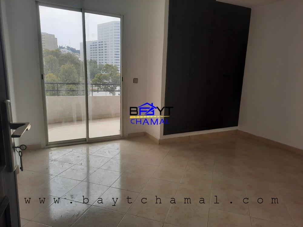 Appartement Studio à vendre à Malabata